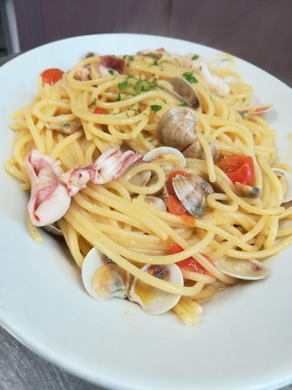 Ristorante Chalet Lido Nordest - Ristorante Di Pesce - Pizzeria - Spiaggia - Mare - Grottammare - San Benedetto Del Tronto - Ascoli Piceno - Marche - Spaghetto Vongole E Totanelli