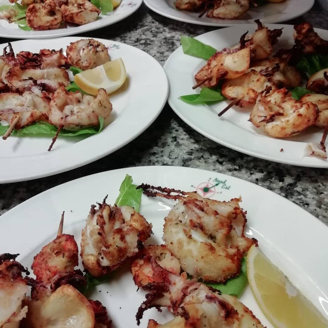 Ristorante Chalet Lido Nordest - Ristorante Di Pesce - Pizzeria - Spiaggia - Mare - Grottammare - San Benedetto Del Tronto - Ascoli Piceno - Marche - Spiedini Alla Griglia