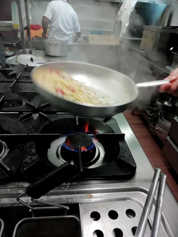 Lo Chef Vi Aspetta Ristorante Chalet Lido Nordest Ristorante Di Pesce Pizzeria Spiaggia Mare Grottammare San Benedetto Del Tronto Ascoli Piceno Marche