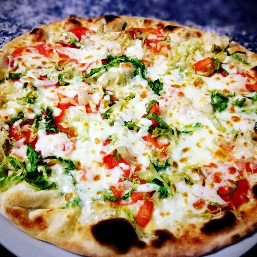 Pizza Pomodoro E Insalata Ristorante Chalet Lido Nordest Ristorante Di Pesce Pizzeria Spiaggia Mare Grottammare San Benedetto Del Tronto Ascoli Piceno Marche